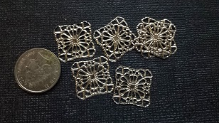 Silver square charms pack 5  approx 1cm  Filigree Limited qty